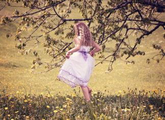 Sukienki dla dziewczynek – łatwy sposób na ciekawą stylizację